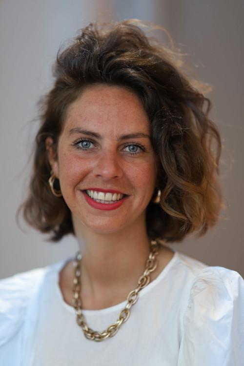Madeleine DENIAU